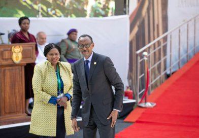 Nyuma yo kumwifuriza intsinzi, Perezida Kagame yitabiriye irahira rya Ramaphosa