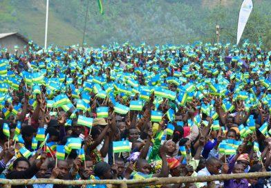 Abanyarwanda bacyeje politiki y'amashyaka menshi